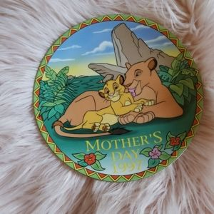 Disney Mothers Day Plate 1997